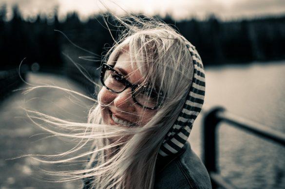 Šťastná dívka, Depositphotos.com
