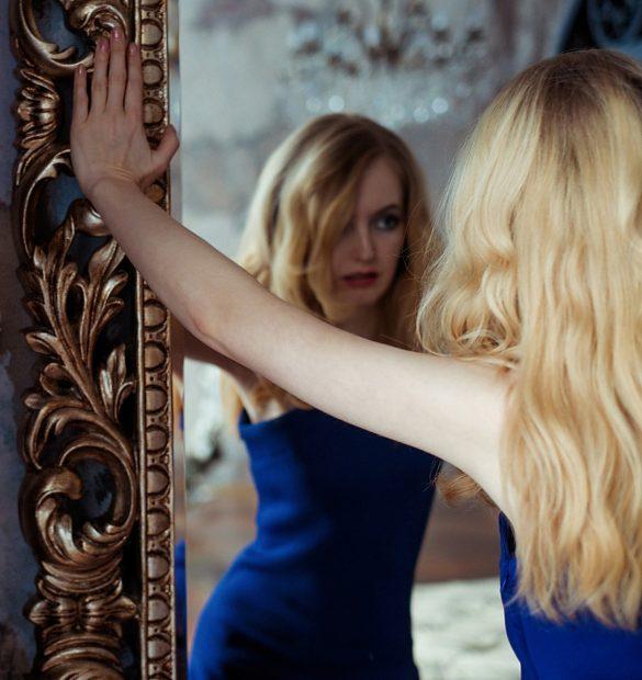 Zrcadlo, Depositphotos.com